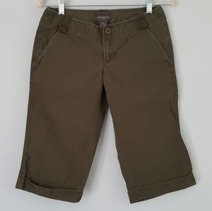 Banana Republic Khaki Chino Shorts Bermuda Green 2